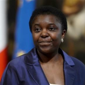 Entrevista – Cecile Kyenge, a ministra italiana alvo de ataquesracistas
